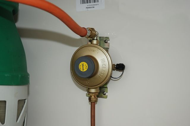 A bulkhead-mounted Clesse regulator