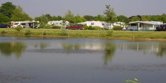 Campsites Loire Valley; Domaine de l'Etang campsite