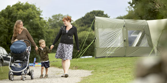 Perfect walking surroundings at Cheddar campsite, campsites in Somerset
