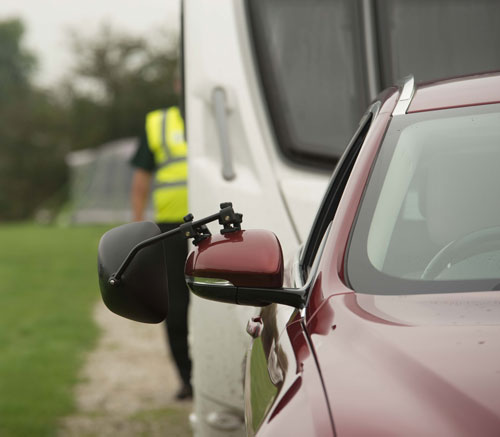 mirror-extensions-on-car-towing-caravan
