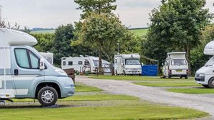 motorhomes-on-lynton-club-site