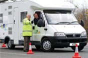 Gain confidence on a manoeuvring course