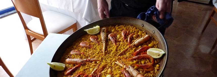 Local dishes, Restaurant, Camping Kiko Park, Spain