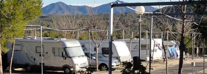 Units on site at Camping Altomira, Navajas, Valencia region, Spain