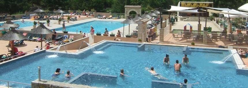 Les Ranchisses pool overview