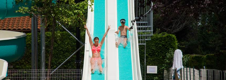 Le Clos Auroy, Orcet - swimming pool water slide