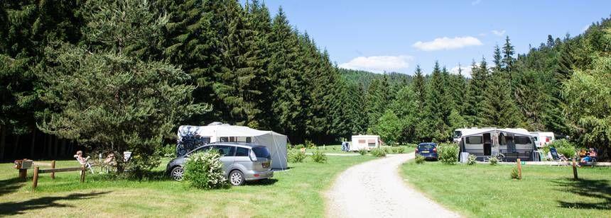 Pitches at Camping Le Vaubarlet, Auvergne