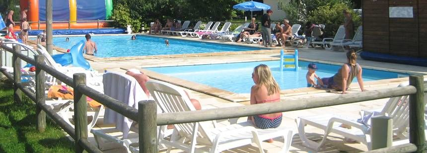 Swimming pools at Camping Le Vaubarlet, Auvergne