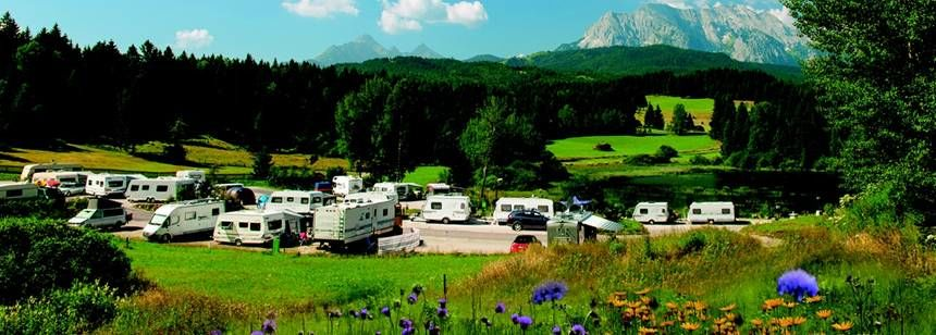 The pitches and stunning scenery at Camping Tennsee
