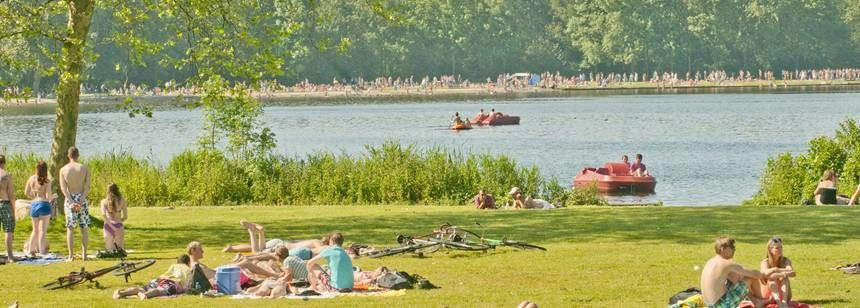 Relaxing by the lake at campsite Delftse Hout, Delft, Holland