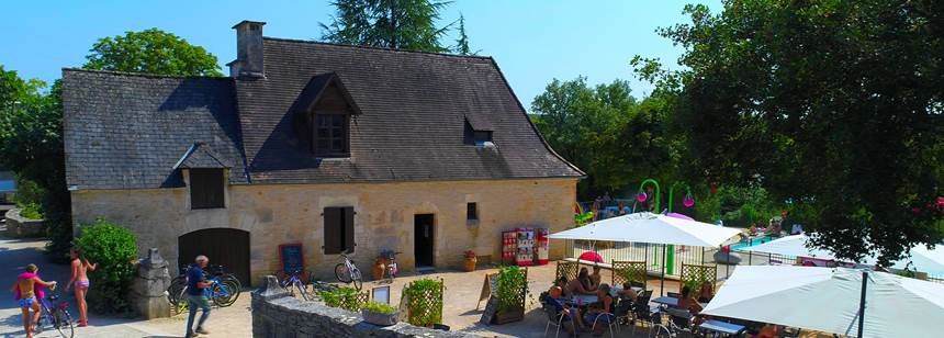 Facilities housed in traditional buildings, Camping la Paille Basse, Souillac, Lot, France