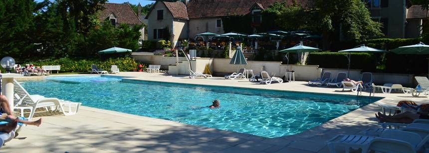 The pool at Château Lacomté in the Lot Valley, France