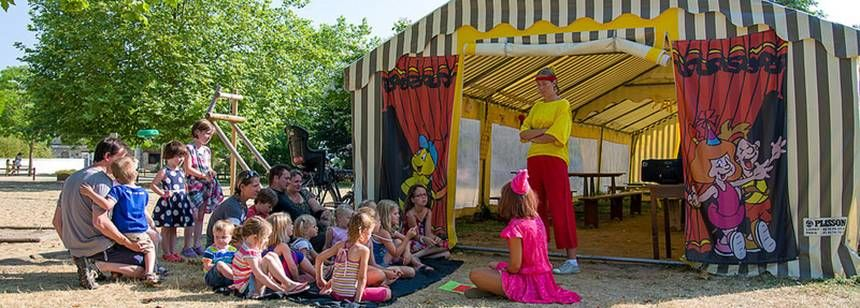 Activities for children at Camping Chantepie, near Saumer, France