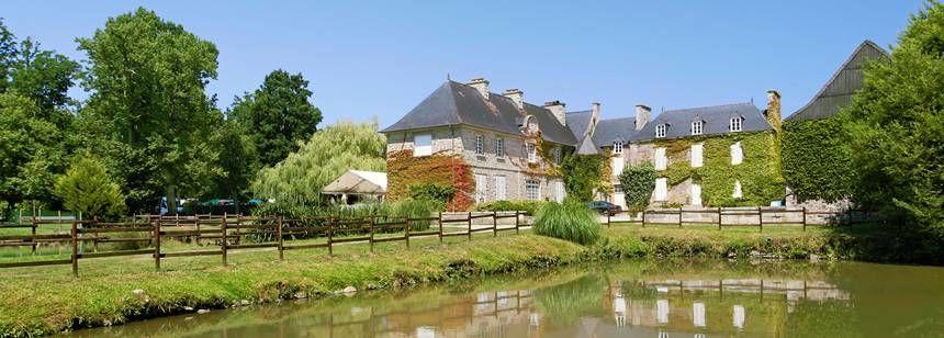 Lake and Scenic Views at the Château De Galinée Campsite, France