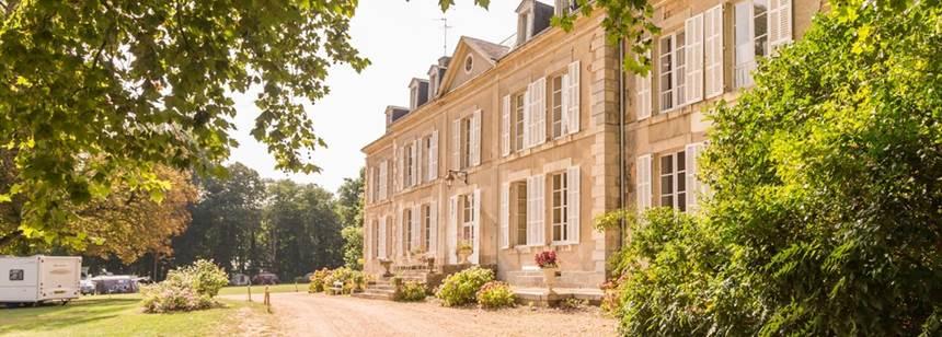 Spacious grounds and a picturesque setting at Château de Chanteloup, near Le Mans, Sarthe, France