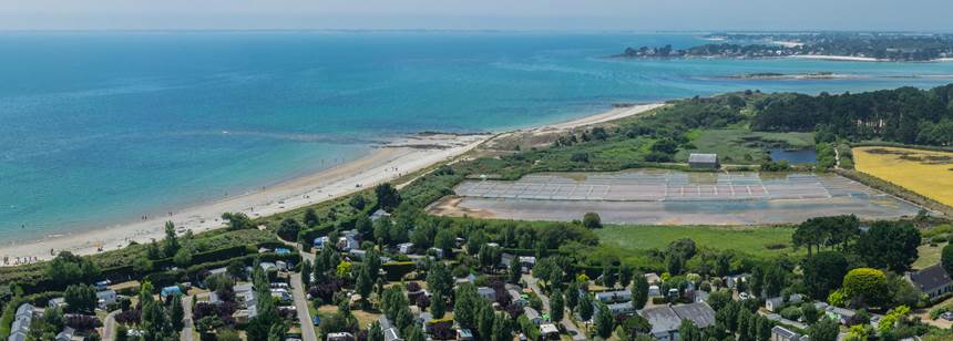 Direct access to the beach, La Plage campsite, near la Trinité, South Brittany, France