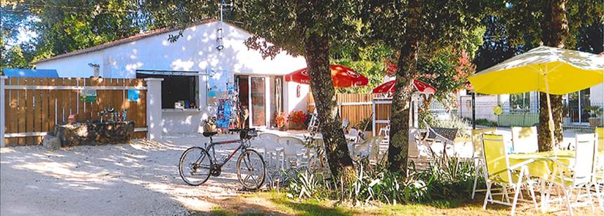 Reception at Camping Le Valerick, St Sornin, France