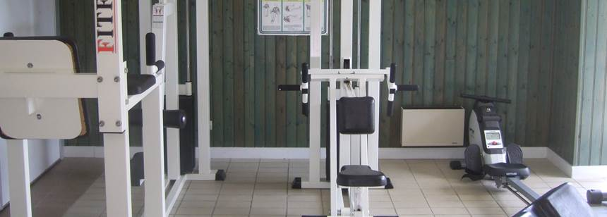 Fitness room, Lac St Cyr campsite, Poitiers, France