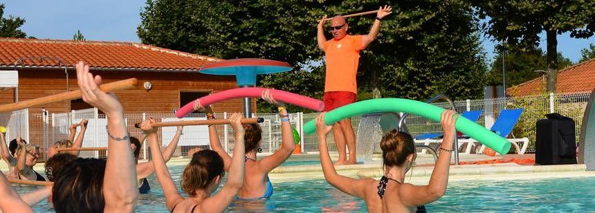 Pool activities at Lac de St. Cyr campsite, France