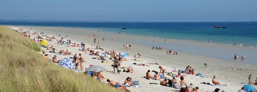Relaxing On the Beach Nearde La Piscine Campsite, France