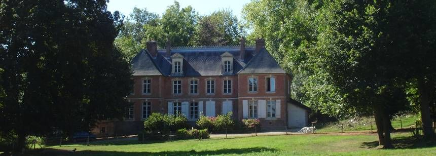 Grass Pitches With Views of the Chateau at Le Clos Cacheleux Campsite, France