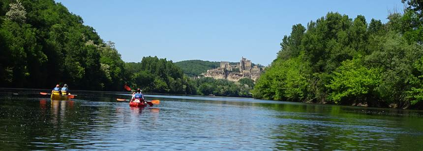 Canoe adventures at Soleil Plage Rally, Dordogne, France