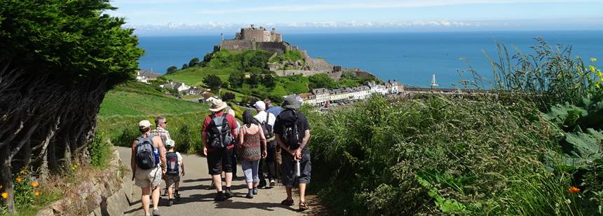 Guided walk with stunning views near the Beuvelande Rally campsite, Jersey, Channel Islands