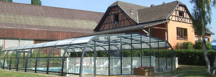 Portes d'Alsace pool