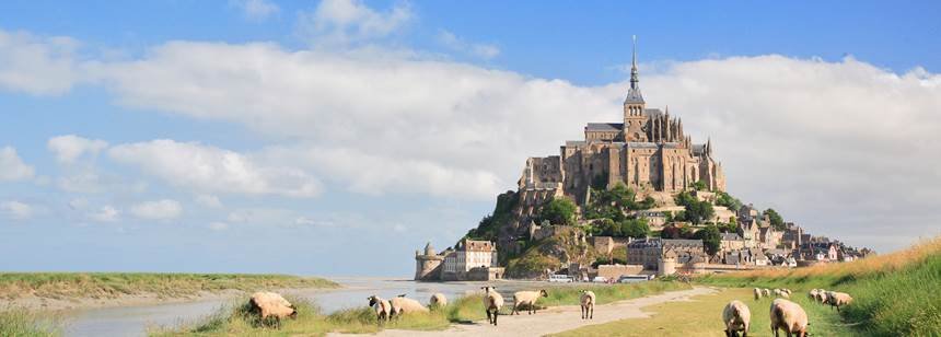 Nearby Mont St-Michel, Doamine du Logis, Brittany, France