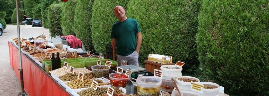 The visiting olive vendor at Les Bois de Bardelet, Gien, France
