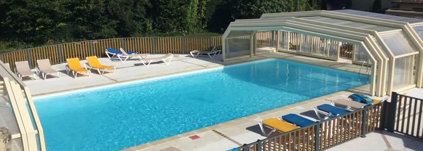 Covered pool, Camping Moulin de Paulhiac, Daglan, Dordogne, France