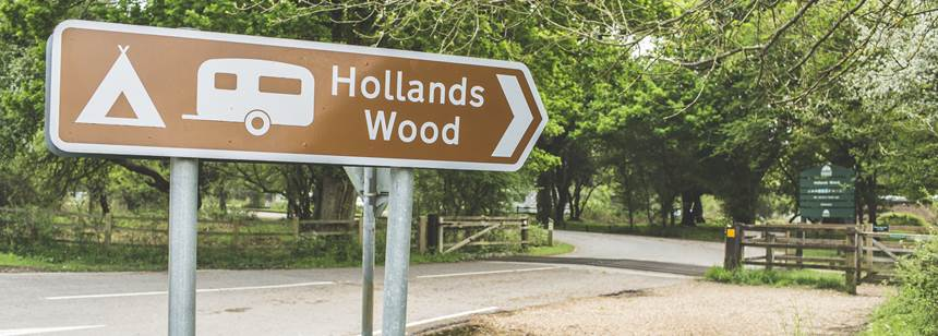 Hollands Wood Campsite welcome sign
