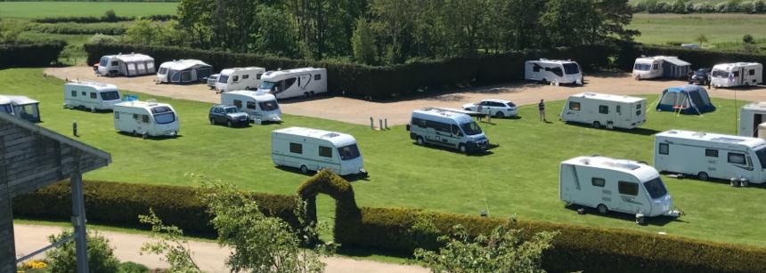 Hoots house fakenham racecourse