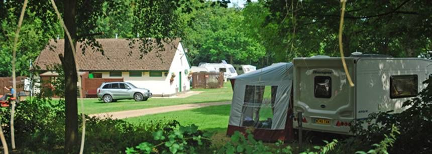Secluded Grass Pitches For Your Mobile Home, Caravan and Tent at Chipping Norton Camp Site