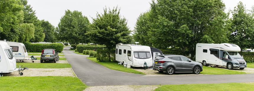 caravans and motorhomes pitched up on Devizes Club Site