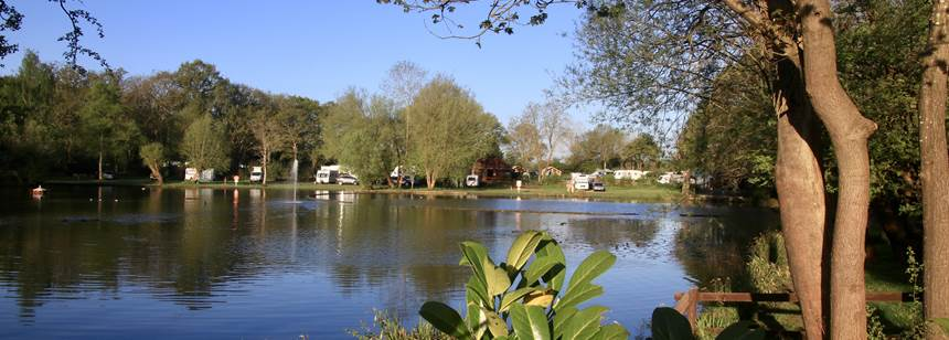 Horsley Club site, women fishing