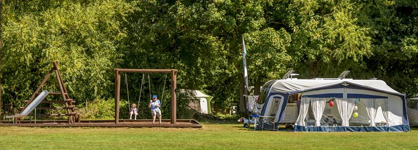 Grass and Hard Standing Pitches in the Peaceful Surrounds of the Walton-On-Thames Camp Site, Surrey