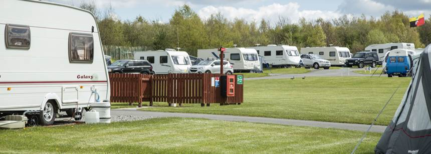 Pitches For Motorhomes and Caravans Overlooking the Beautiful Derbyshire Country Side