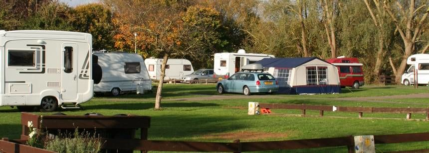 Grass Pitches Surrounded by the Picturesque Countryside Around the Oxford Camp Site