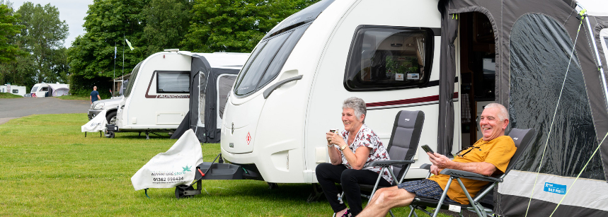 Family with motorhome on Scarborough Campsite