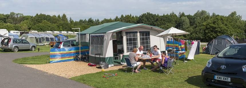 Family picnic at Verwood campsite