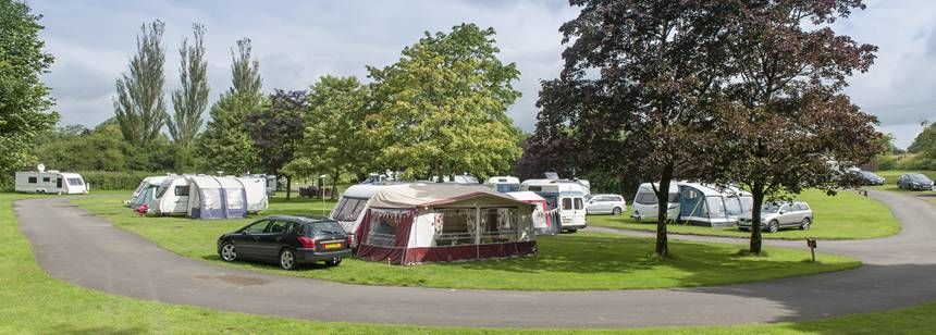Peaceful Grass Pitches For Your Mobile Home, Caravan and Tent at Clitheroe Camp Site, Lancashire