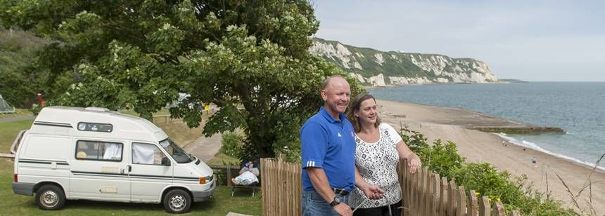 Secluded Folkestone Camp Site Right on  the Beach, Kent