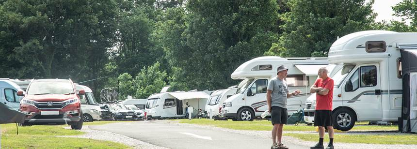 Enjoy the Endless Water Sports Activities of Lake Windermere Thanks to Boroughbridge Camp Site