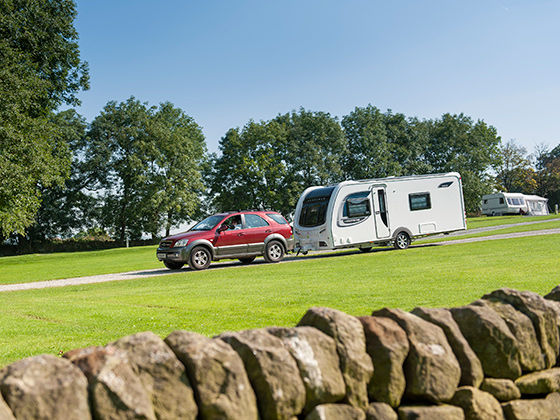 How to Tow a Caravan | Beginners Guide to Towing