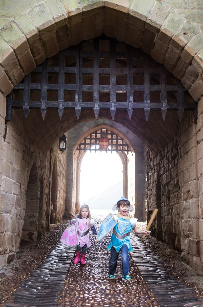 Win a set of 5 tickets to Warwick Castle