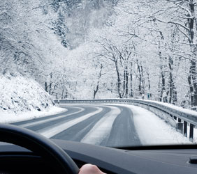 Your guide to driving through the snow in winter